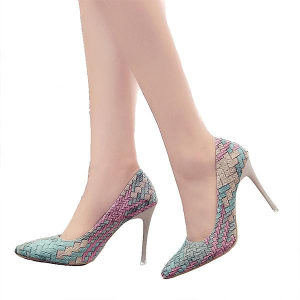 Designer Dress Shoes Pompe gratuite di spedizione Donna New National Wind Tacchi a quadri retrò a punta sottile con donne single Asakuchi carriera