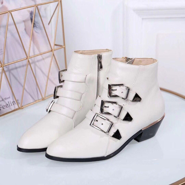 2019Chic Branded Women WONDERLAND RANGER Schnürstiefel Designer Lady Glazed Leather Flache Ferse Gummi-Laufsohle Stiefel Größe EU35-42 762