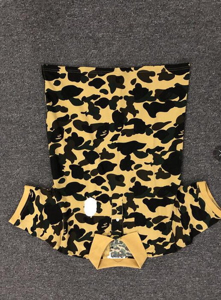 2019 Summer Shorts Designer T Shirt for Men Wear Wave Shark Mens Clothing Tops Tee Short Sleeves Casual Tshirt Army Green M-xxl Wholesale