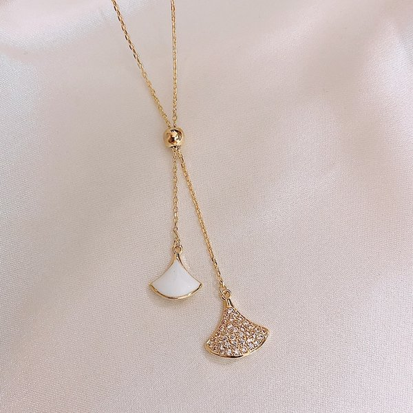 Бело-веерообразные Регулируемое ожерелье