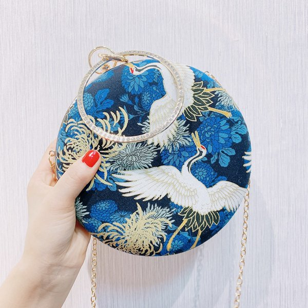 angelatracy 2019 new arrival chinese style bird fish vintage classical hanfu circular evening crossbody bag day clutch hand bags