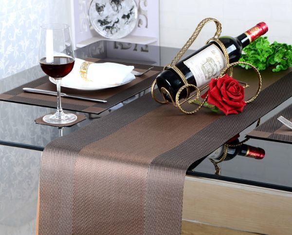 Longue nappe de luxe européenne de coureur de table de PVC facile à nettoyer et à séchage rapide respirant le tapis de table drapeau de café Q388