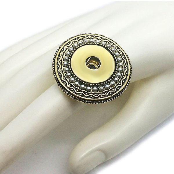 Vendita calda 011 Anello regolabile in metallo moda cristallo Ginger Fit 18mm Snap Button Anelli di fascino gioielli intercambiabili anelli per le donne regalo