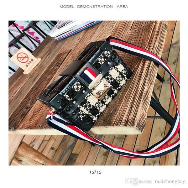 2017 New fashion bags shoulder crossbody tote messenger bag PU and PVC material knitting colors strap flap luxury women handbags