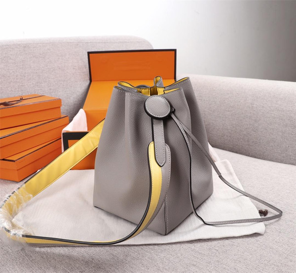 best selling New Fashion Luxury Designer Woman handbag purse shoulder Bag High Quality Cross body Genuine leahter Bags small Bucket Bag Messenger bag 23