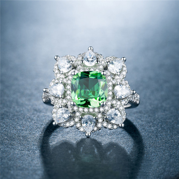 European Luxurious Ring Apple Green Zircon Plating White Gold: War In Paradise Ball Opponent Ornaments