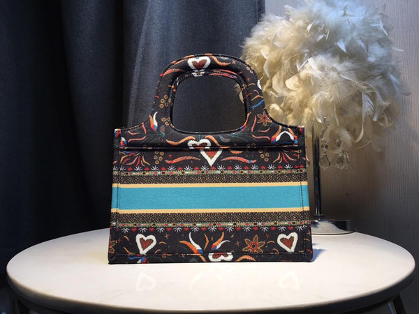 2019 nuevo modelo Fasshion TChristian bolso oblicuo marcas de lujo titulares Tote Bag hombres mujeres diseñadores embrague bolsa de hombro mochila cristiana
