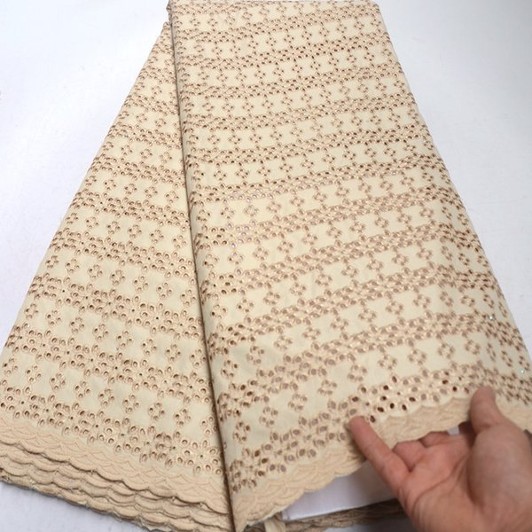 Neueste Design Schweizer Voilespitze Öse Stickerei afrikanische Spitze Stoff nigerianischer Baumwolle Kleidungsstück Tuch hohe Qualität 5 Meter RG829