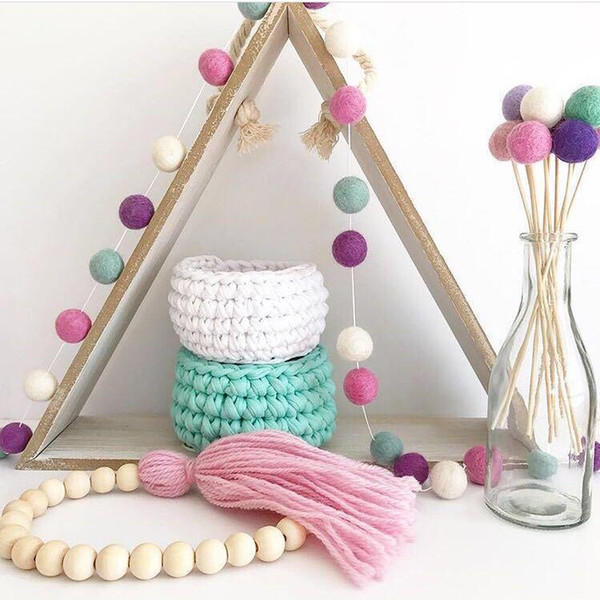 DIY 2.5M Wool Felt Ball Pompom Sweet Color Garland Christmas Holiday Kids Room Baby Shower Wall Hanging Decor WXV Sale
