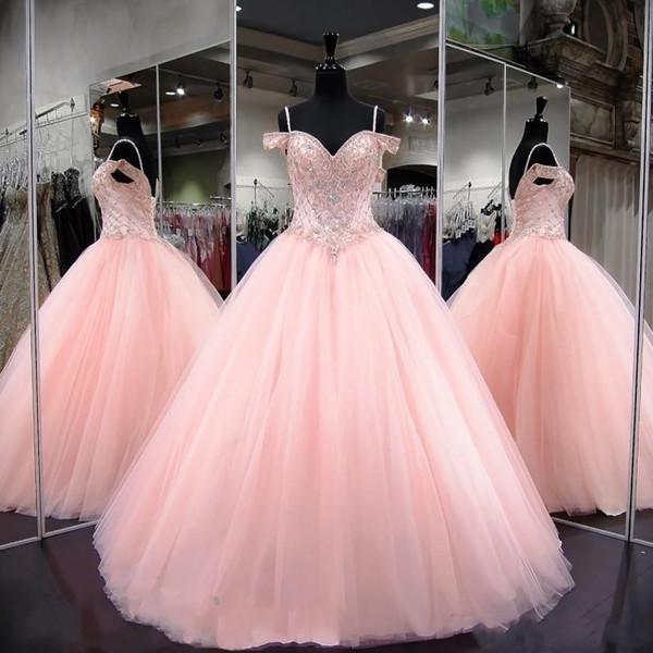 2019 Abiti da ballo rosa Abiti Quinceanera in rilievo di cristallo Sweetheart senza spalline Backless Sweet 16 Abiti da ballo sfarzosi Abiti da sera