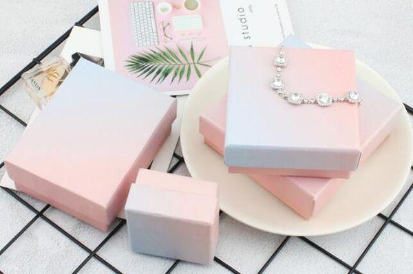 New ins Fashion Pink Blue Gradient Jewelry Caja de embalaje Anillo Collar Pulsera Recibiendo regalo Caja de embalaje multiusos WL665