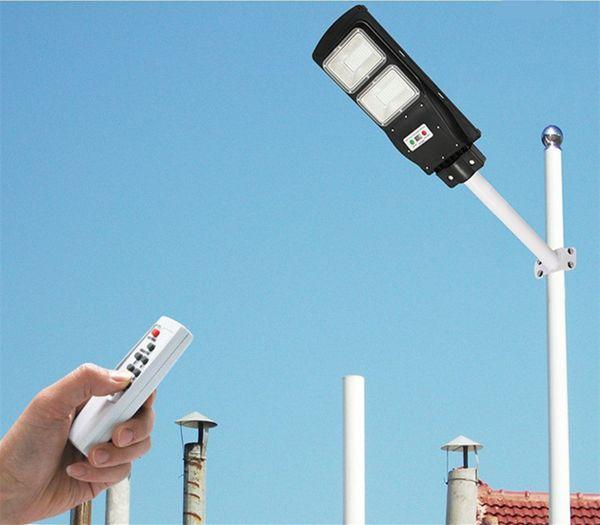 Proyector de luz de calle solar de alta calidad Proyector 30W 60W 90W Luces solares impermeables al aire libre para área de estacionamiento, patio, jardín
