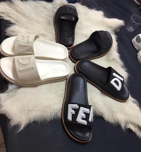 Yeni moda tasarımcıları tasarım kadın ve erkek terlik Yüksek kaliteli terlik ambalaj ile Avrupa ve amerikan tarzı sıcak satış