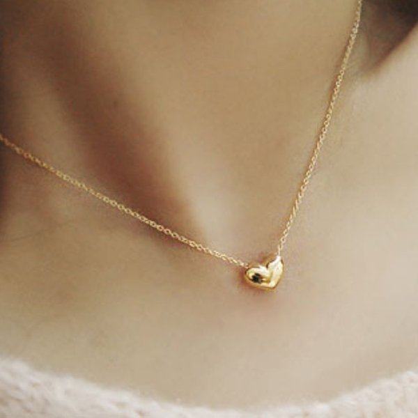 Gold Chain Choker Necklace Heart Shape Pendent Necklace Long Chain Delicate Fashion Choker Jewelry Gift for Women GIFTS