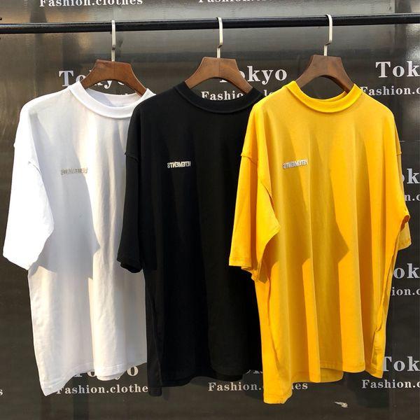 19SS Vetements T Shirt Erkek Kadın 1 v: 1 Nakış Her Iki Tarafın da Vetements En Tees Casual Sarı Siyah Beyaz Yama Vetements T-Shirt