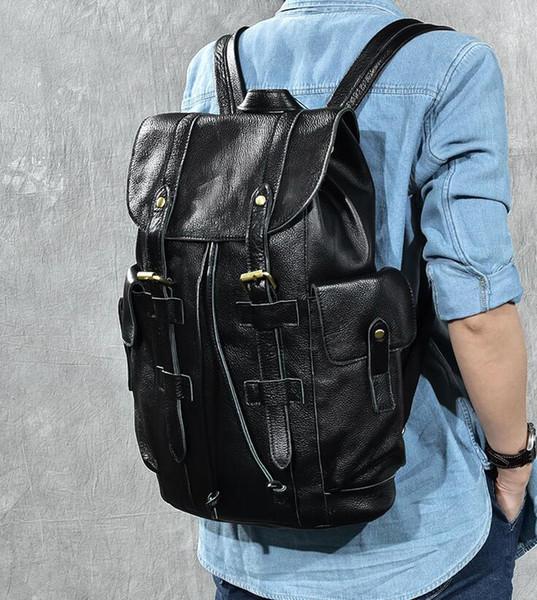 Venta al por mayor-CALIENTE !!!! 4 colores hombres mujeres mochila oferta especial PU cuero bolsas remaches mochila mochila envío gratis