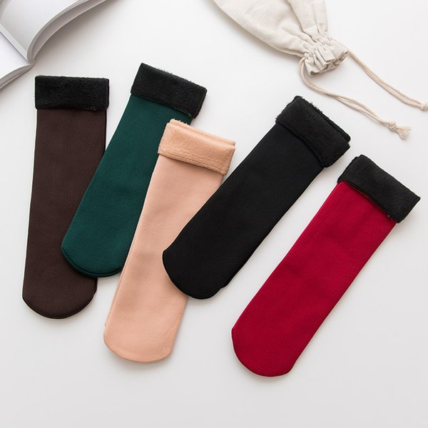 Freies DHL 201909 Herbst Winter Erwachsene Warme Schnee Socken Samt Verdickung Einfarbig Bodensocken Frauen Atmungsaktive Weiche Strumpf 5 Farben M341F