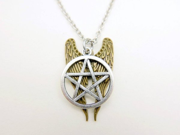 Witchcraft Pentacle Supernatural Pentagram Necklaces Witch Star Angel Wings Necklace Pendant Jewelry Men Women Vintage Silver Collars