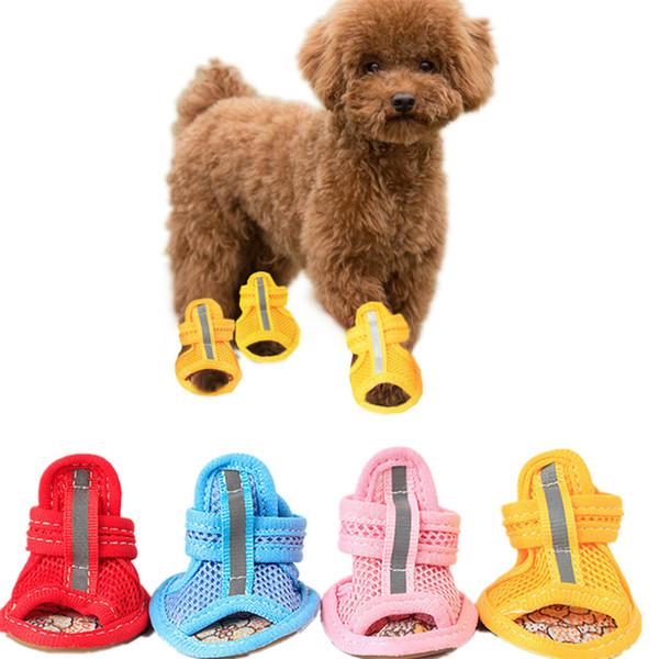 Kleine hund rutschfeste schuhe niedlichen pet schuhe frühling sommer atmungsaktive weiche mesh sandalen candy farben 4 stücke pro set