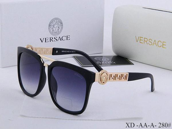 2019 Il nuovo modo protezione UV 400 Italia del progettista di marca Gold Chain Tyga Medusa desiderano occhiali da sole degli uomini / donne casuali in corso Occhiali da sole casella 52