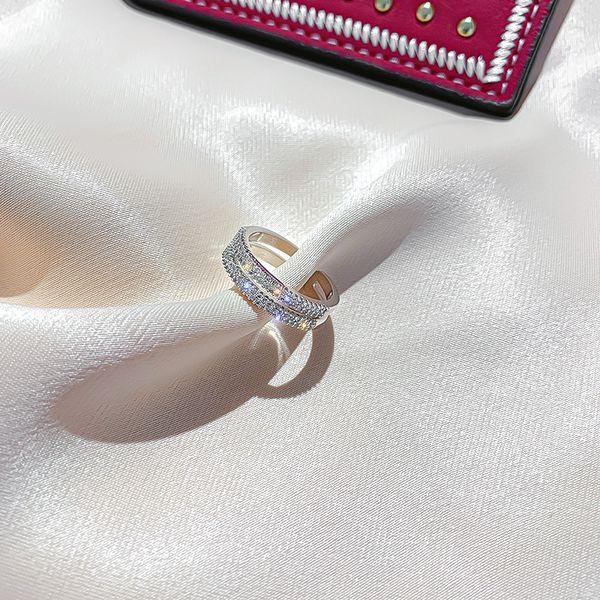 2 agujeros y diamantes