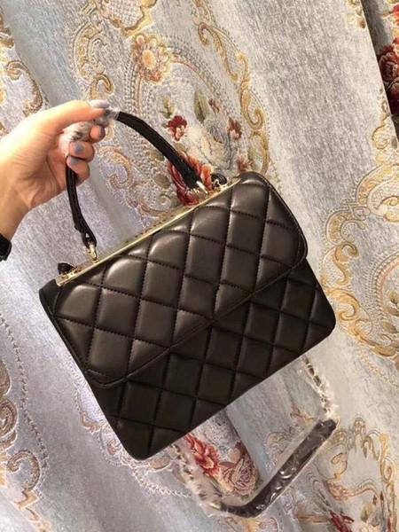 2019 neuer Markendesigner-Frauen-weiblicher Schulter-Beutel Crossbody Shell sackt Art- und Weisekleine Kuriertasche-Handtaschen-Leder ein freies Verschiffen