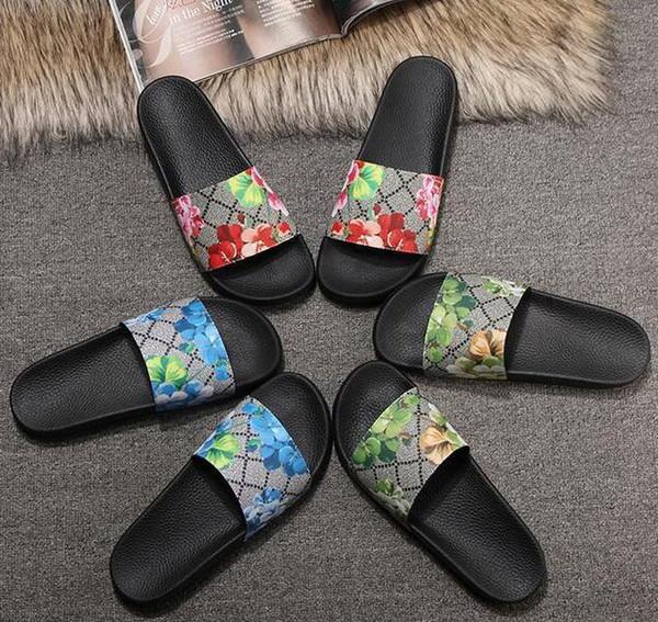 Europ Lüks Slayt Kalın Sandalet Terlik Ile Yaz Moda Geniş Düz Kaygan Erkek Kadın Sandalet Tasarımcı Ayakkabı Çevirme Terlik 36-45