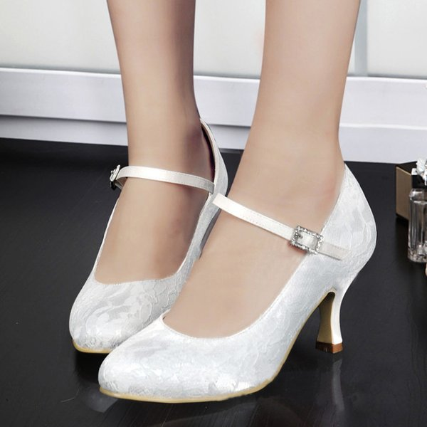 La mode des femmes de dentelle blanche satin douce demoiselle d'honneur chaussures de mariée Chaussures parti talon et la couleur peuvent être faites sur mesure