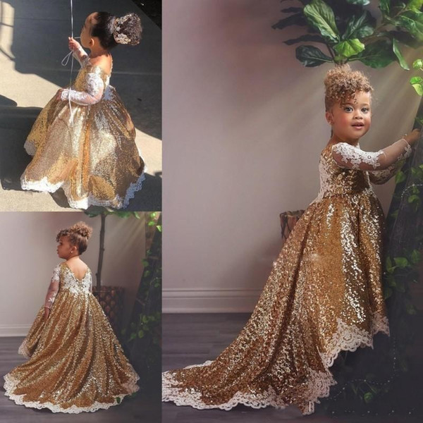 2019 Sparkly Gold Flower Girl Dresses con pizzo bianco Appliques maniche lunghe Hi Lo Toddlers Teens Party Comunione Dress Pageant Gowns