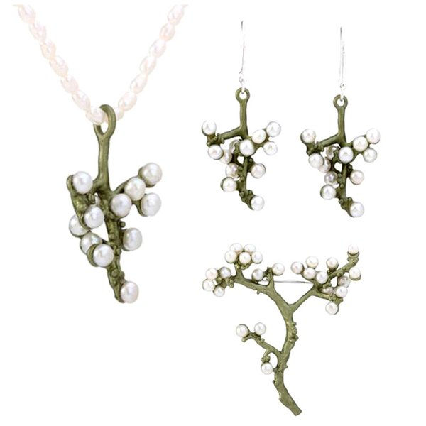 Großhandel Natürliche Süßwasserperlen Hochwertiger Lack, der Pflaumenblüte Brosche Halskette und Ohrring Vintage Schmuck backen