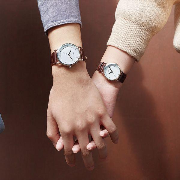 Пара часы Luxury Quartz Повседневная мода Симпатичные кожаный ремешок светодиодные цифровые подарки для дам мужские