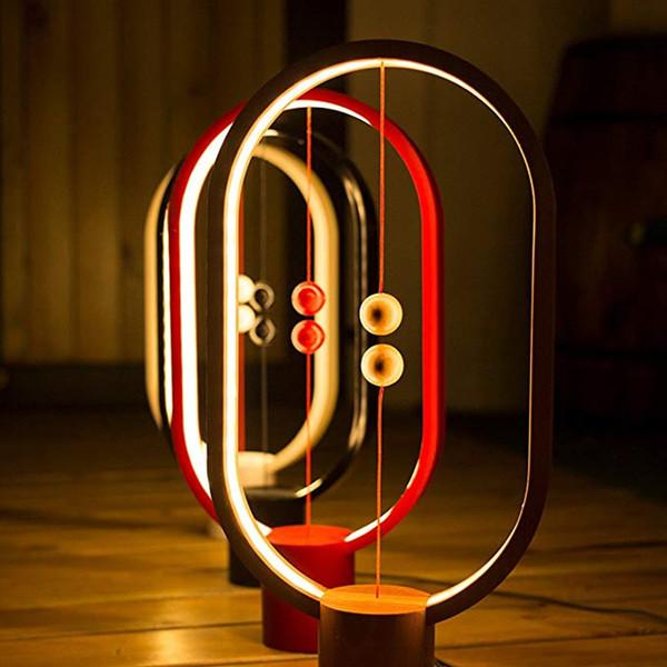 Cliente VIP personalizado Enlace para Dropshipping Heng Balance LED Lámpara de mesa Ellipse Interruptor magnético en el medio del aire alimentado por USB Blanco cálido