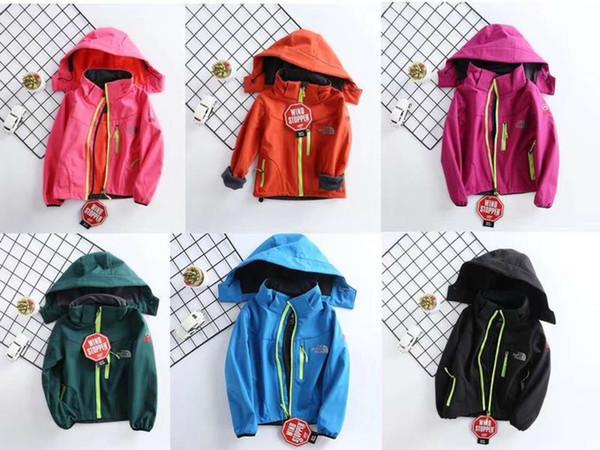 Großhandel Kinder Herbst Winter Designer Jacke Der Nord Junge Mädchen Fleece Soft Shell Mantel NF Sport Windjacke Mit Kapuze Gesicht Mänteln Marke Zip
