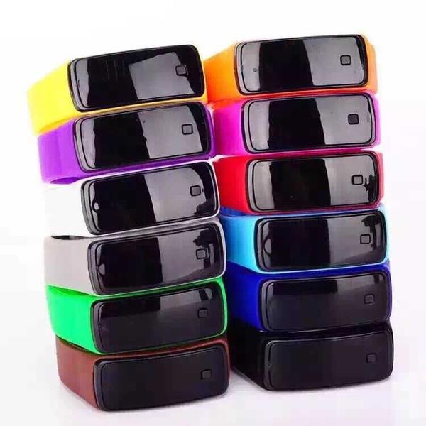 00377Hot Orologi sportivi di nuovo modo LED Orologi Candy gelatina uomini donne in gomma silicone Touch Screen digitale Orologi Bracciale Orologio da polso