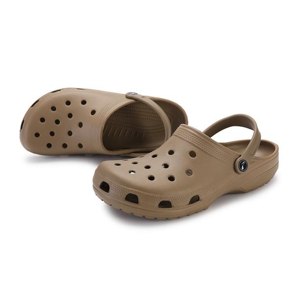 Sommer New Soft Slippers Lovers Gradient Large Size Sandalen Breath Upstream Schuhe mit Abflussloch, schnelltrocknende Loafer