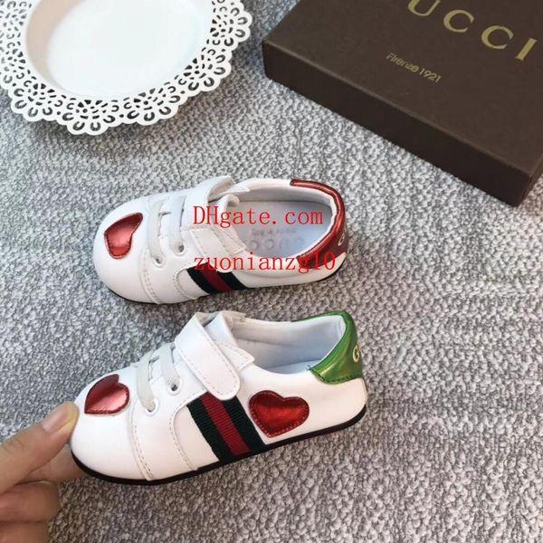 Großhandel Baby Jungen Mädchen Todder Schuhe Kinder Wanderschuhe Sommer Baby Leder Neugeborenen Jungen Erste Wanderer Infant Prewalker Sneakers Guc