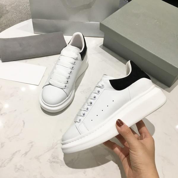 2019 zapatos de diseñador para hombre Entrenador de velocidad Oreo Triple Negro Verde plano Calcetines de moda Bota Diseñador Hombres Mujeres Zapatillas de deporte xrx19040309