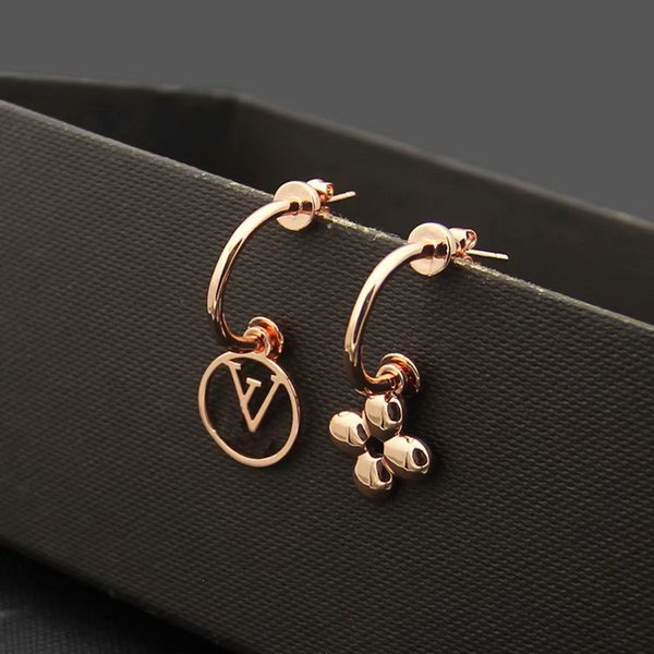 Earrings/Rose gold
