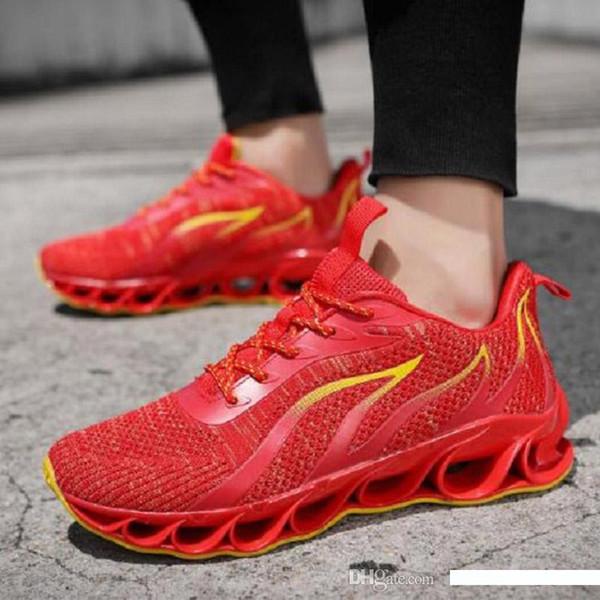 Moda Scarpe da corsa casual per uomo originale fuoco bianco nero rosso esterno traspirante mens cuscino progettista sneaker allenatori sportivi