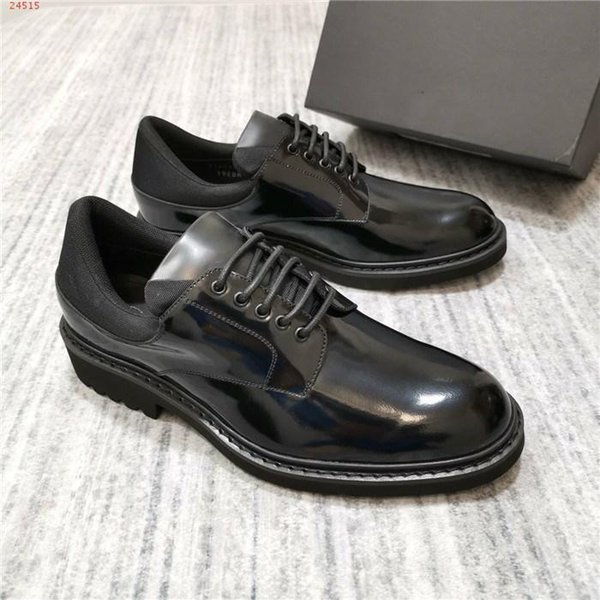 Leather leather shoes with European style for men Designer designs top men business dress banquet wedding shoes