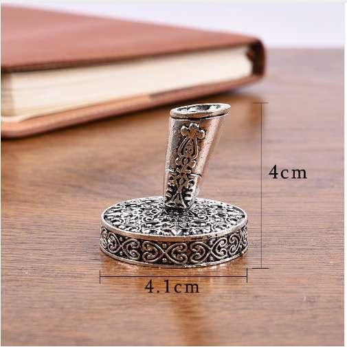 European Vintage Feather Pen Stand Metal Round Pen Holder Magic Fountain Pen Accessories Stainless Steel Stationery Gift