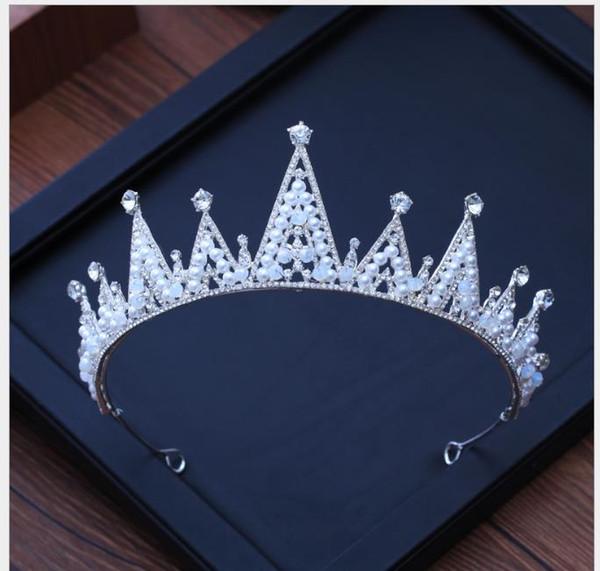 Bride Crown with Handmade Beautiful Pearl Queen Crown Headdress Accessories
