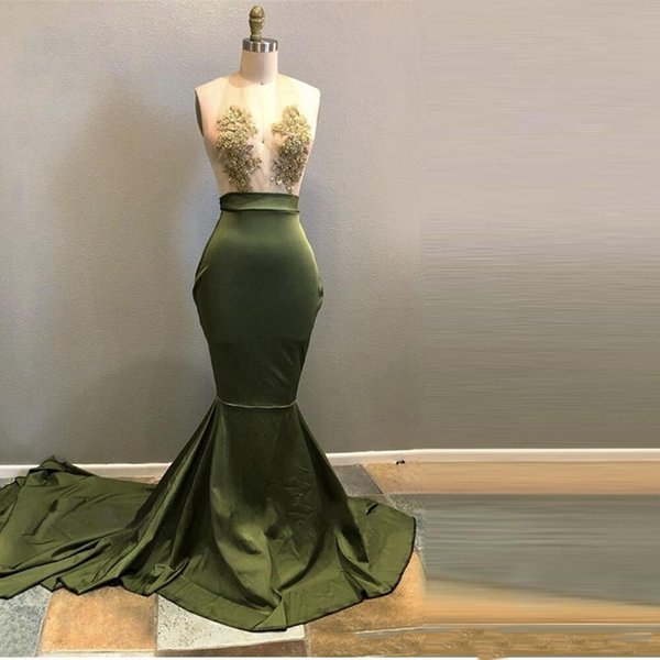 Hunter Green Halter Sheer Neck Sexy Prom Dresses Mermaid 2019 Lace Applique Formal Evening Party Gowns Zipper Back 2019 Party Gowns