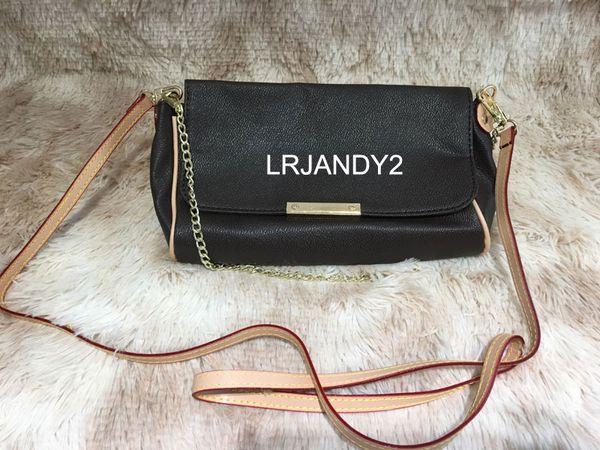 Bolso de hombro de las mujeres Diseñador de lujo Bolsos de cadena de Crossbody Moda Pequeño bolso del mensajero Bolsos del diseñador Cuero de la PU
