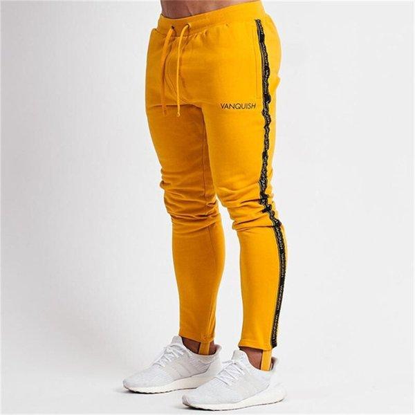 calças amarela