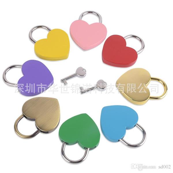 best selling Heart Shaped Concentric Lock Metal Mulitcolor Key Padlock Gym Toolkit Package Door Locks Building Supplies 5 2sj