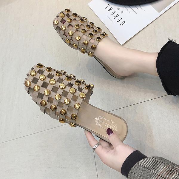 Sandálias de praia de couro marrom preto mocassins no rebite de cristal pérola cravejado de chinelos mulheres deslizamento planas sapatos gaiola mulher chinelo
