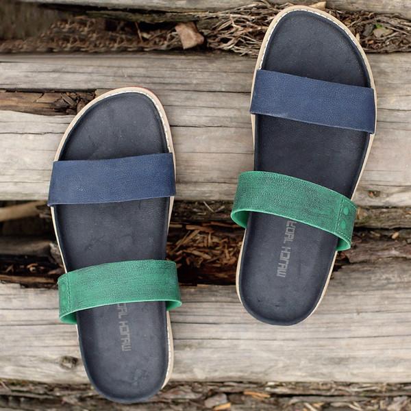 2f5929cce1 WJ Verão PU Costura Casuais Homens Sapatos Sandálias Cor Misturada Chinelos  Mistos Praia Plana Homens Sapatos