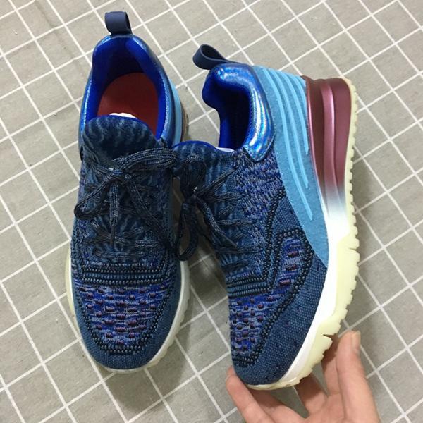 senza scatola per scarpe 1
