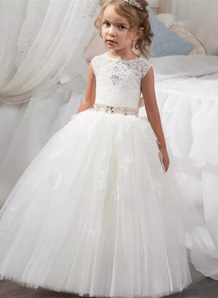 2019 Beautiful Holy Communion Dresses Ball Gown for Flower Girls Custom Made Long Puffy Tulle Prom Dress Children with Sash First Communion